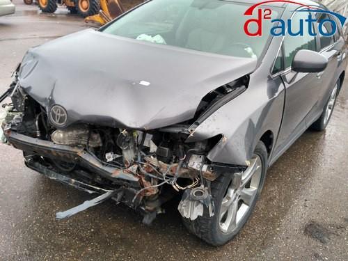 скупка авто в Гродно,выкупленный  тойота венза с разбитым бампером, капотом, крыльями и оптикой