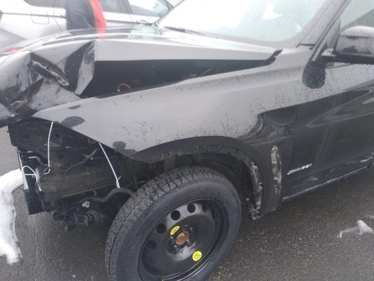 Выкуп аварийного авто в Бресте с повреждениями передней части автомобиля
