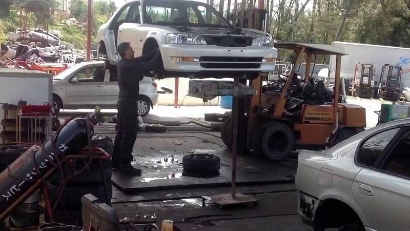 Продать автомобиля целиком на запчасти в Беларуси