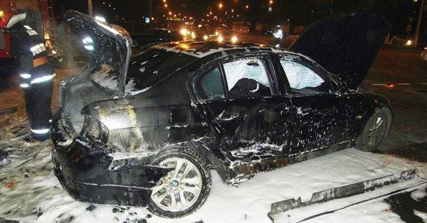 Продать сгоревший автомобиль BMW